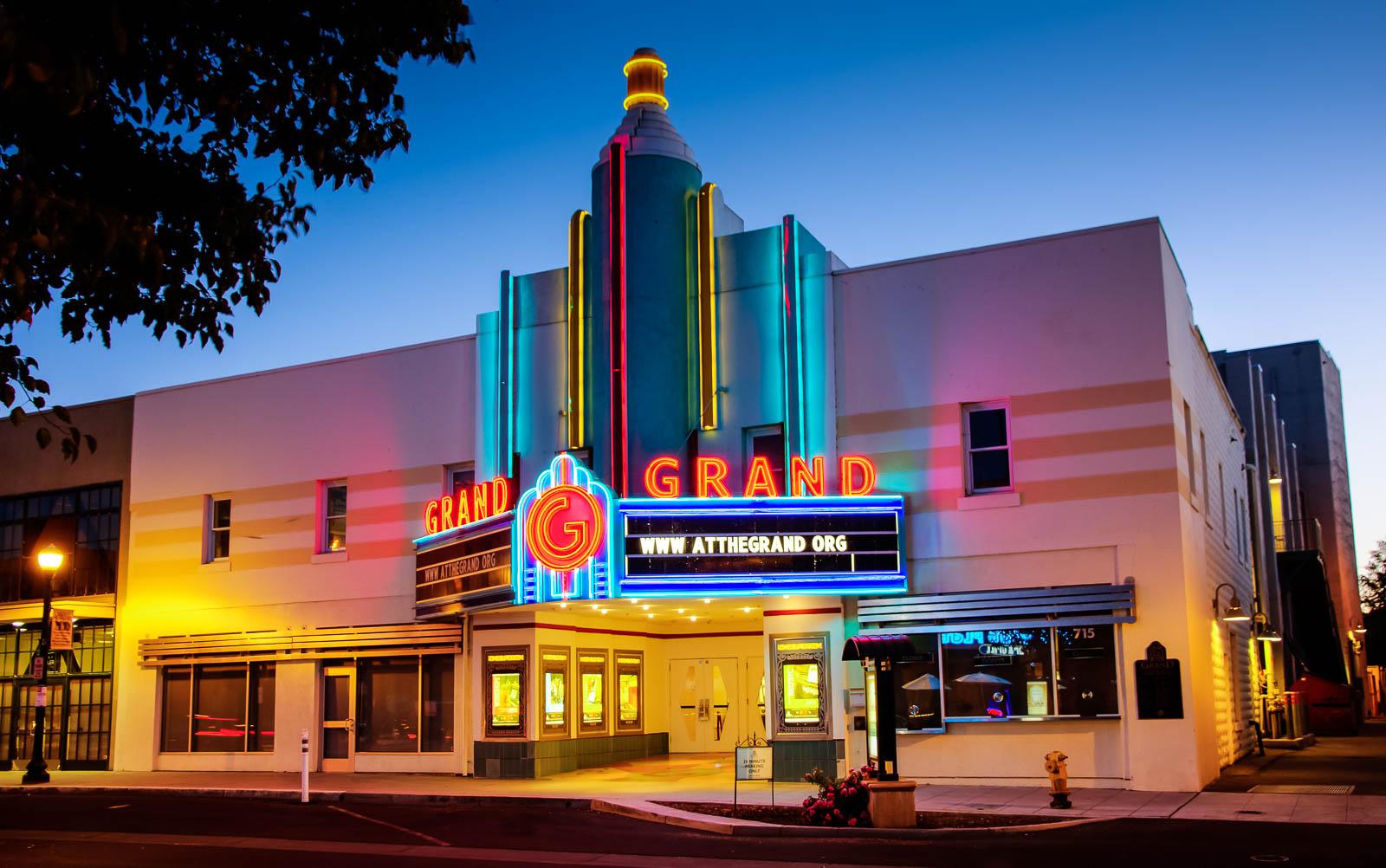 Theaters-2.jpg